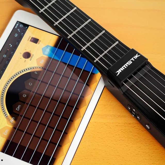JamStik MIDI iPad Guitar