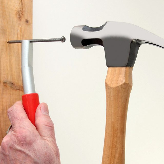 Magnetized Nail Setter