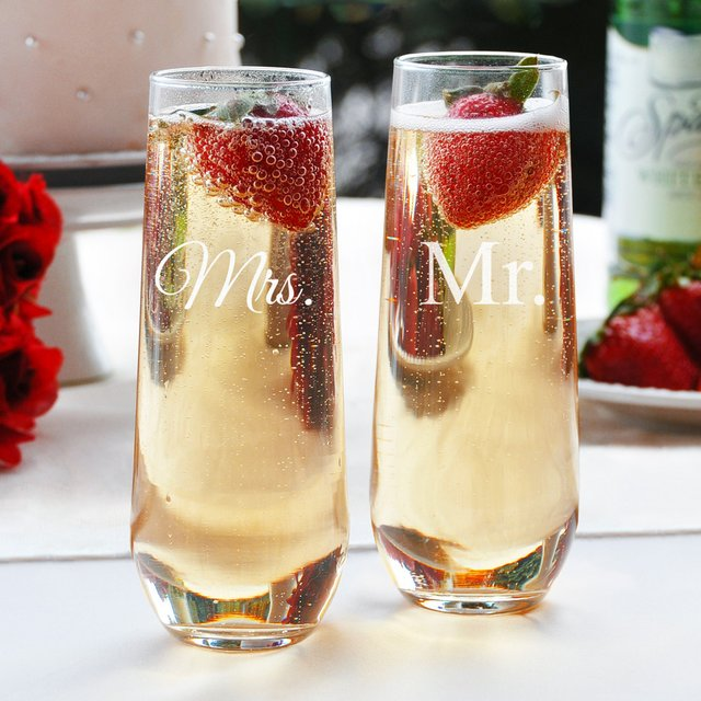 Mr & Mrs Stemless Champagne Flutes